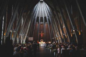 komunia święta kościół